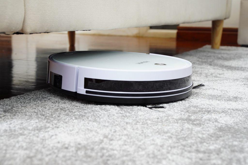 cordless vacuum as practical wedding gift