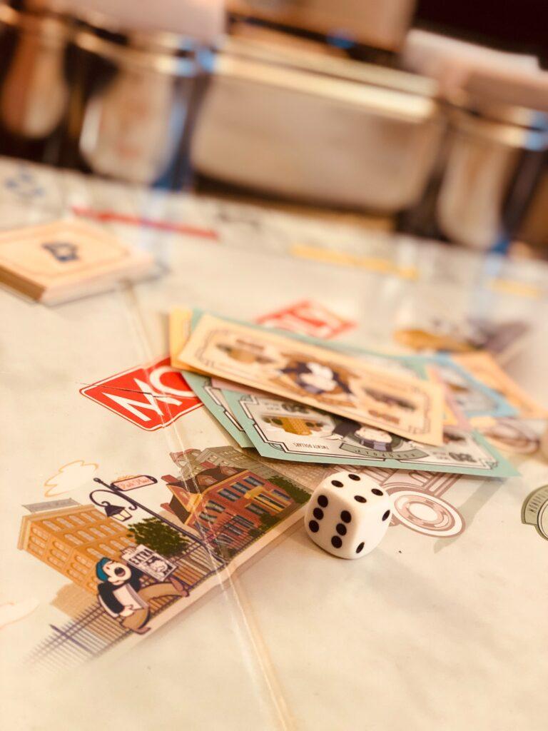 game night date idea