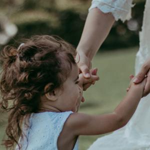 unraveledmotherhood motherhood blog