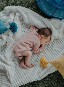 bed sleep baby crib